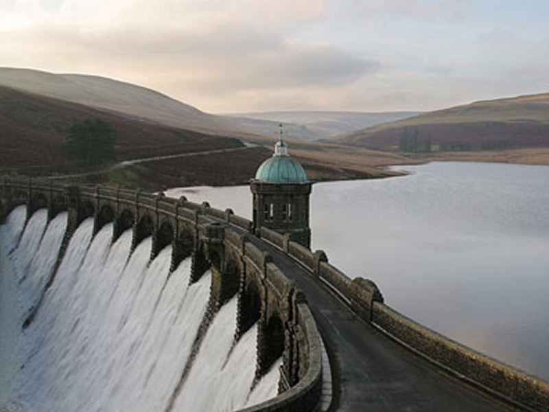 elan valley wales - the World's Greatest Driving Roads.